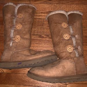 tall button uggs